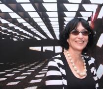 Denise-Mattar-curadora-1024x682
