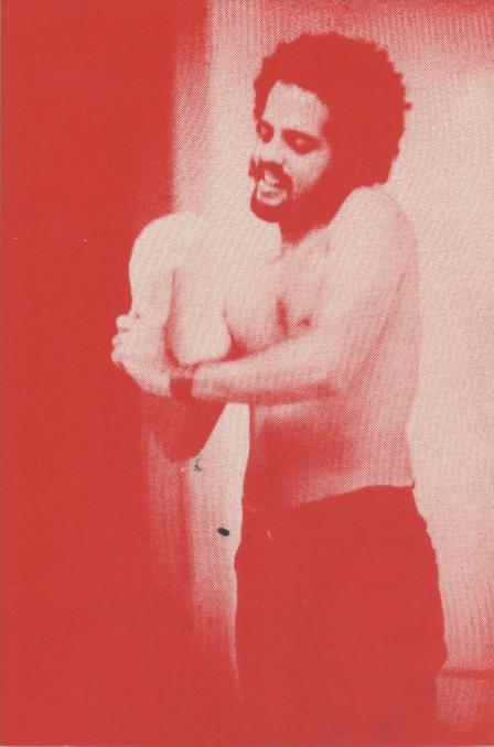 FOTO-3_-Um-firme-e-vibrante-Não_-autor-Artur-Barrio_obra-Registro_Performance_Situation-448x678